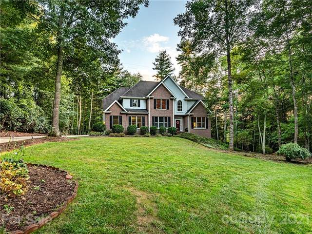 10 Dunnwoody Court, Arden, NC 28704 (#3787742) :: Love Real Estate NC/SC