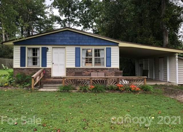 110 Robin Street, Hendersonville, NC 28739 (#3787765) :: Mossy Oak Properties Land and Luxury