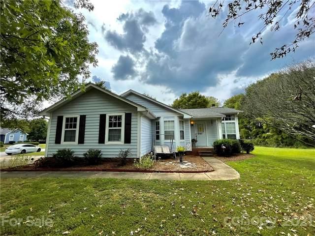 13501 Krislyn Woods Place, Charlotte, NC 28278 (#3787913) :: SearchCharlotte.com