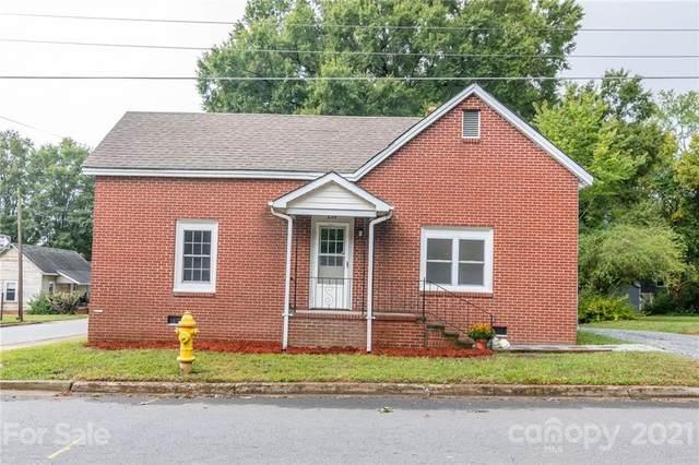 235 E Wilson Avenue, Mooresville, NC 28115 (#3788000) :: Briggs American Homes