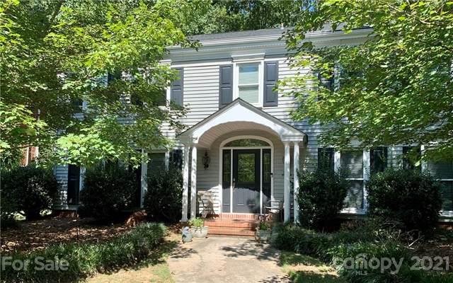 3332 Johnny Cake Lane, Charlotte, NC 28226 (#3788229) :: Carlyle Properties