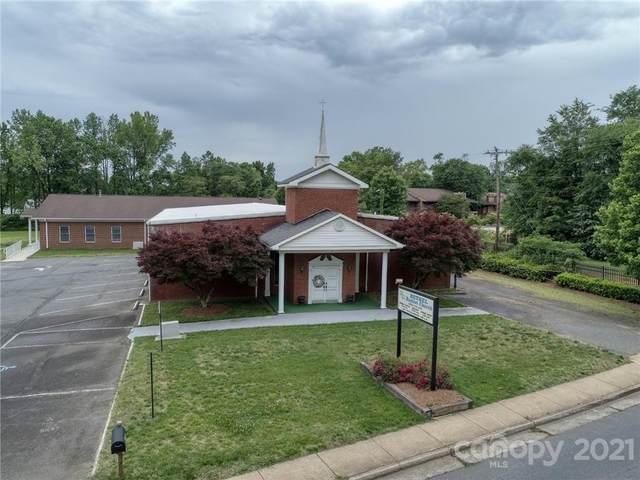 4801 Tuckaseegee Road, Charlotte, NC 28208 (#3788802) :: Scarlett Property Group