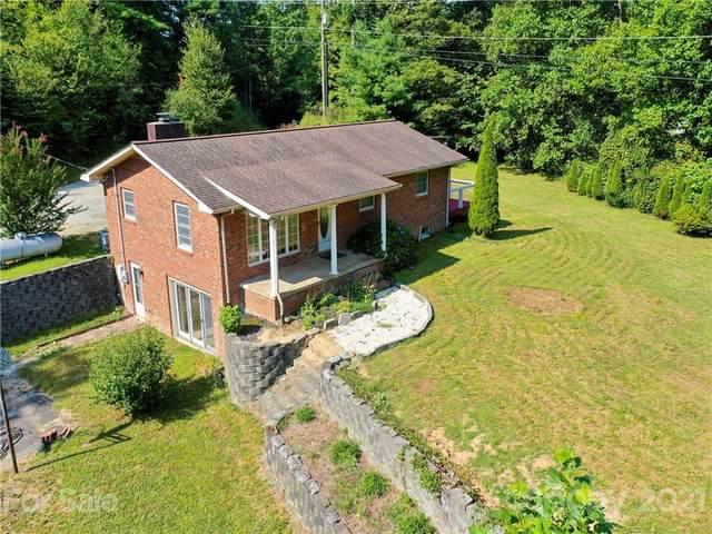 4442 Chimney Rock Road, Hendersonville, NC 28792 (#3789154) :: Johnson Property Group - Keller Williams