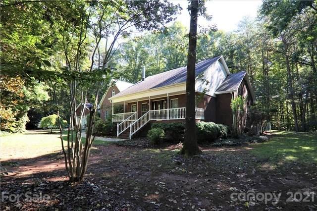 6252 Meadowview Drive, Davidson, NC 28036 (#3789476) :: Carlyle Properties