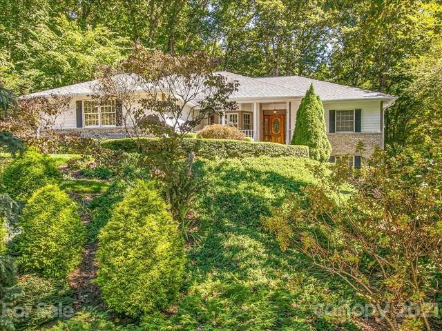 271 Sweetwater Hills Drive, Hendersonville, NC 28792 (#3789500) :: MOVE Asheville Realty