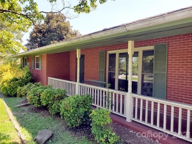 314 Pisgah Drive, Brevard, NC 28712 (#3789681) :: Carmen Miller Group