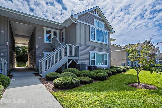 89 Morningside Lane, Hendersonville, NC 28792 (#3789814) :: Homes with Keeley | RE/MAX Executive