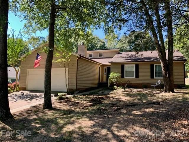 10210 Camelback Circle, Charlotte, NC 28226 (#3790277) :: Carver Pressley, REALTORS®