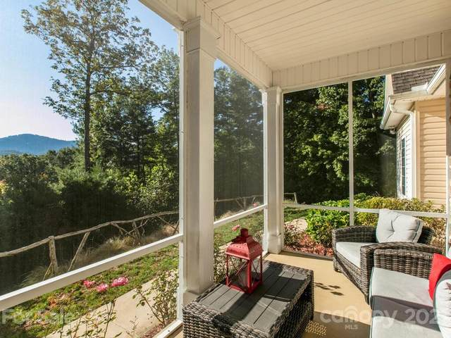 221 Kanuga Forest Drive, Hendersonville, NC 28739 (#3790567) :: BluAxis Realty