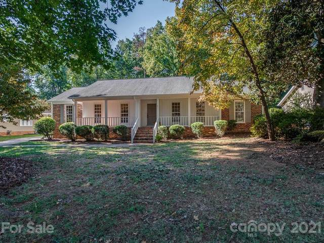 4920 Pine Ridge Road, Charlotte, NC 28226 (#3791040) :: Mossy Oak Properties Land and Luxury