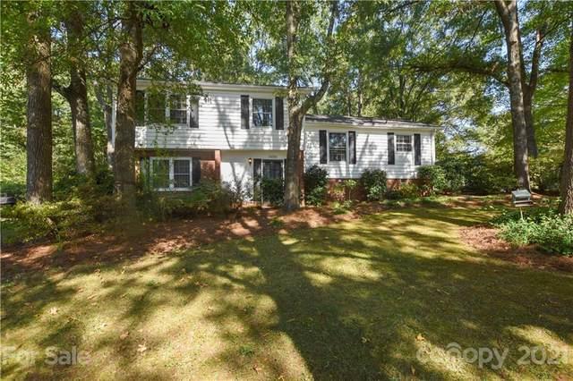 14201 Creekside Drive, Matthews, NC 28105 (#3791267) :: Cloninger Properties