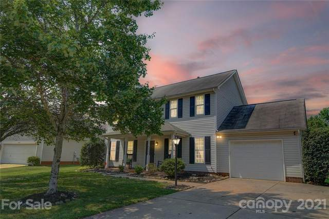 4119 Huntmeadow Drive, Charlotte, NC 28269 (#3791365) :: Homes Charlotte