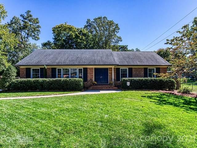 5711 Wadebridge Cove, Charlotte, NC 28210 (#3791542) :: Rhonda Wood Realty Group