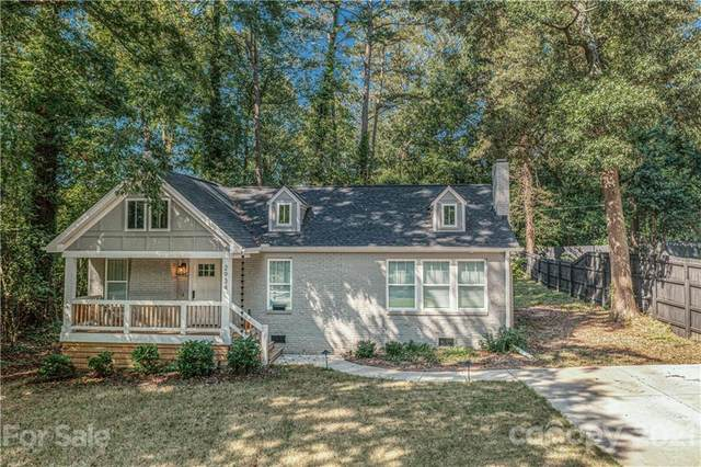 2934 Barringer Drive, Charlotte, NC 28208 (#3791697) :: LePage Johnson Realty Group, LLC