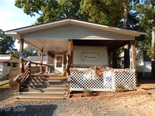 208 Lake Tillery Trail, Mount Gilead, NC 27306 (#3792257) :: Ann Rudd Group
