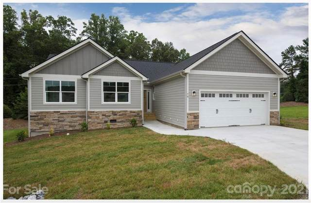 77 Triple Fairways Drive #25, Hendersonville, NC 28739 (#3792288) :: Homes Charlotte