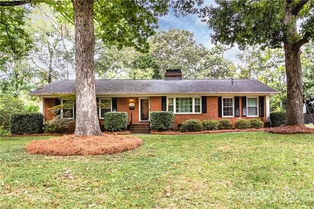 5426 Seacroft Road, Charlotte, NC 28210 (#3793033) :: Homes Charlotte
