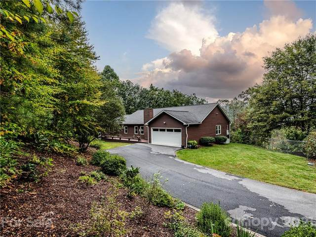 25 Lynnette Drive, Fairview, NC 28730 (#3793629) :: The Premier Team at RE/MAX Executive Realty