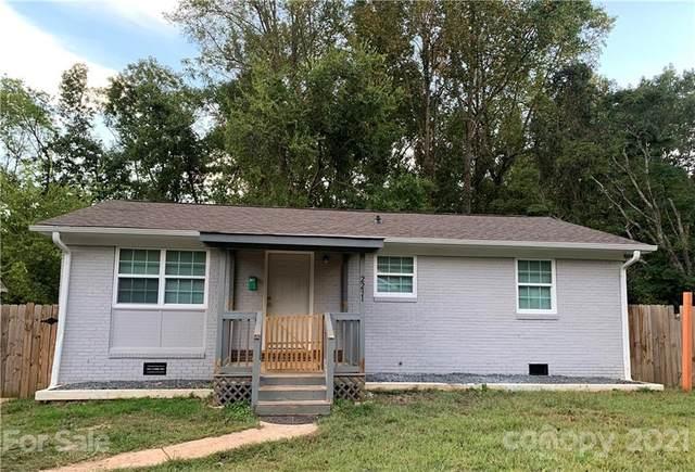 2231 Longleaf Drive, Charlotte, NC 28210 (#3794564) :: Briggs American Homes