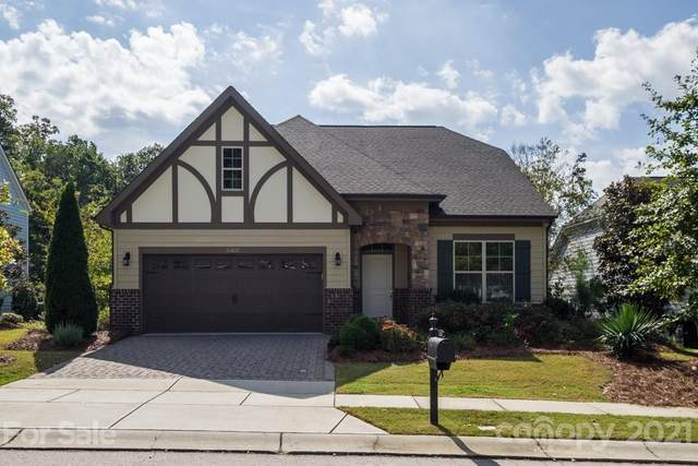 15631 Oleander Drive, Charlotte, NC 28278 (#3794623) :: Lake Wylie Realty