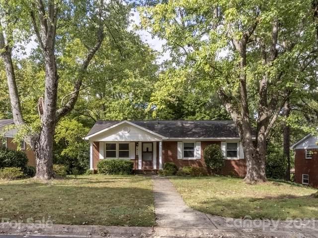 7415 Woodstream Drive, Charlotte, NC 28210 (#3794799) :: Carlyle Properties
