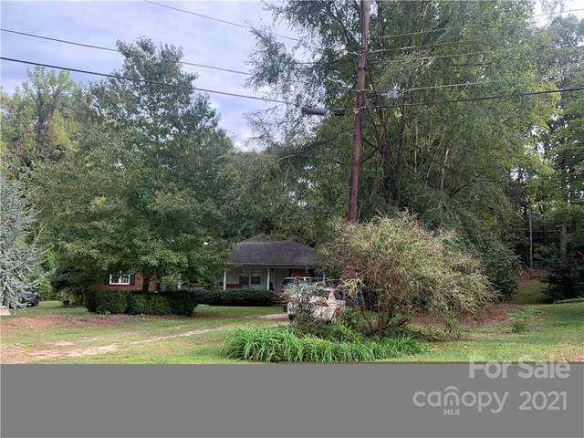 6021 Creola Road, Charlotte, NC 28207 (#3794916) :: The Zahn Group
