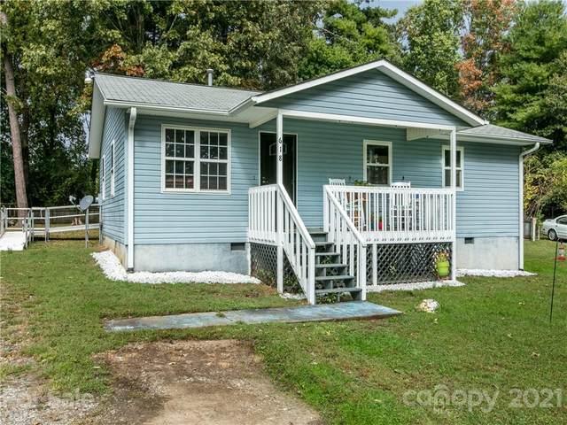 618 Glover Street, Hendersonville, NC 28792 (#3795016) :: Modern Mountain Real Estate