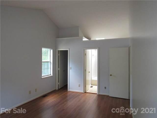 8548 Langley Mill Court, Charlotte, NC 28215 (#3795168) :: Cloninger Properties