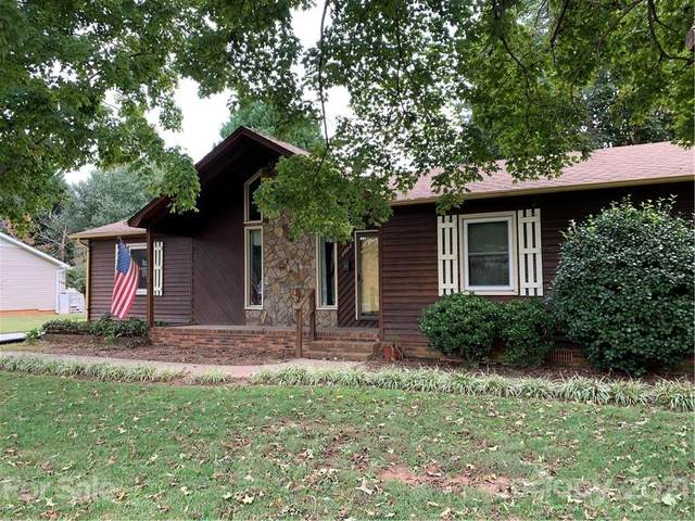 2602 Pine Forest Drive, Gastonia, NC 28056 (#3795311) :: Carlyle Properties