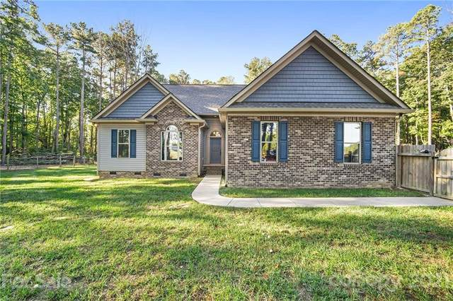 637 Eaker Road, Kings Mountain, NC 28086 (#3795353) :: Homes with Keeley | RE/MAX Executive