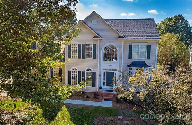 10840 Wilklee Drive, Charlotte, NC 28277 (#3795469) :: Homes Charlotte