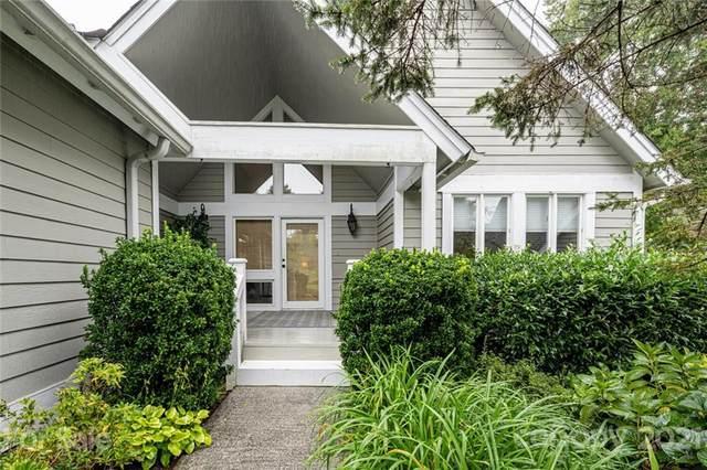 142 Overlook Drive, Flat Rock, NC 28731 (#3795718) :: High Performance Real Estate Advisors