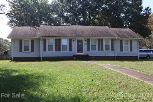 4400 Creemore Drive, Charlotte, NC 28213 (#3795864) :: LePage Johnson Realty Group, LLC