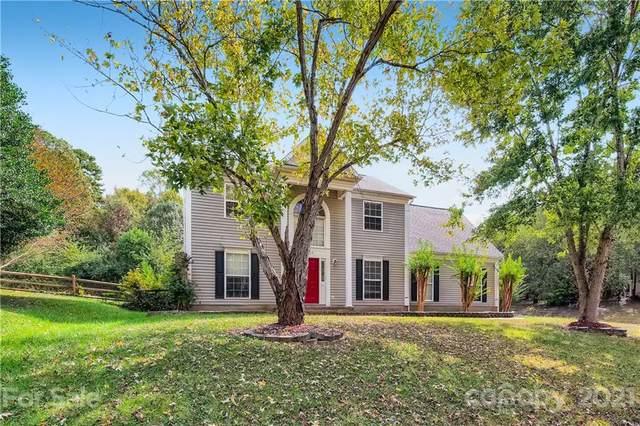 1724 Colin Creek Lane, Charlotte, NC 28214 (#3796155) :: Homes Charlotte