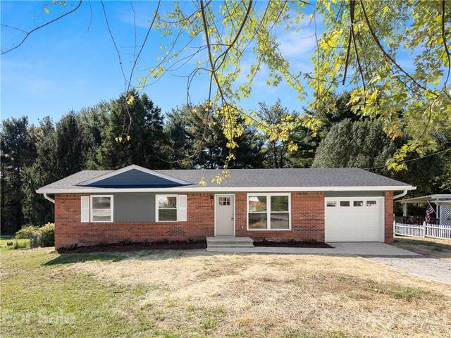 110 Willowbrook Road, Hendersonville, NC 28792 (#3796190) :: The Premier Team at RE/MAX Executive Realty
