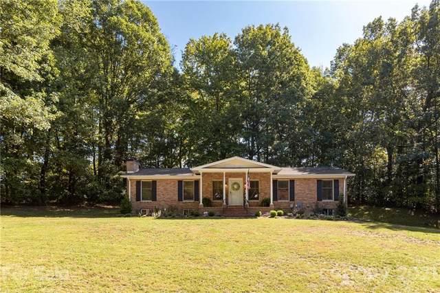 402 Reed Drive, East Flat Rock, NC 28726 (#3796428) :: Mossy Oak Properties Land and Luxury