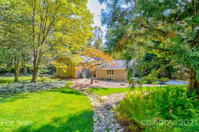 138 Woodhaven Drive, Hendersonville, NC 28739 (#3796496) :: Bigach2Follow with Keller Williams Realty