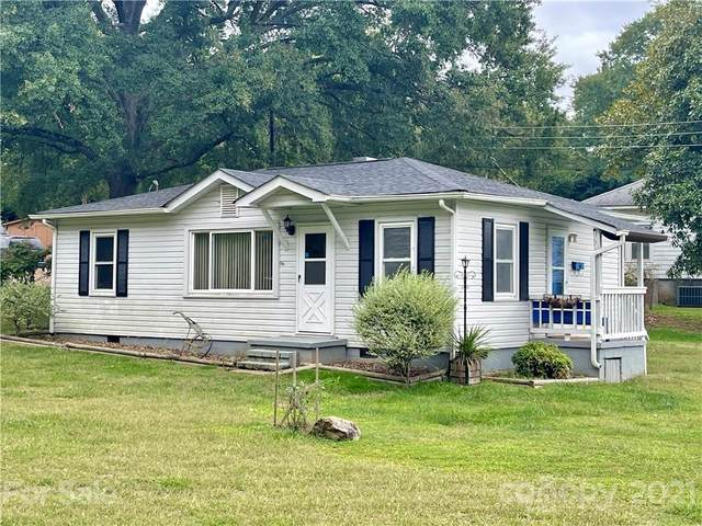 105 Adrian Street, Mount Holly, NC 28120 (#3796627) :: Homes with Keeley | RE/MAX Executive