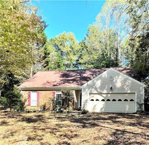 8805 Golf Ridge Drive, Charlotte, NC 28277 (#3796818) :: Ann Rudd Group