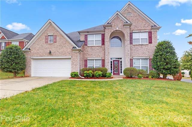 6231 Castlecove Road, Charlotte, NC 28278 (#3796865) :: Cloninger Properties
