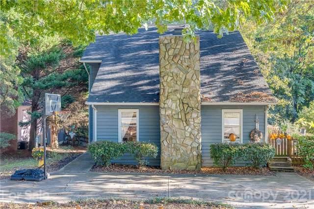 9119 Windjammer Drive, Tega Cay, SC 29708 (#3797372) :: Briggs American Homes