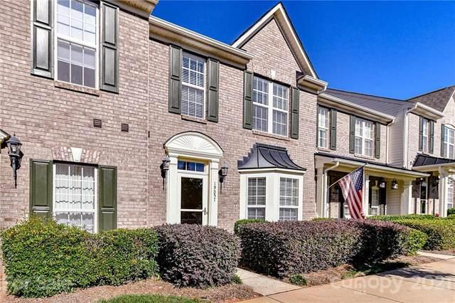 19057 Natalie Michelle Lane, Cornelius, NC 28031 (#3797607) :: MartinGroup Properties