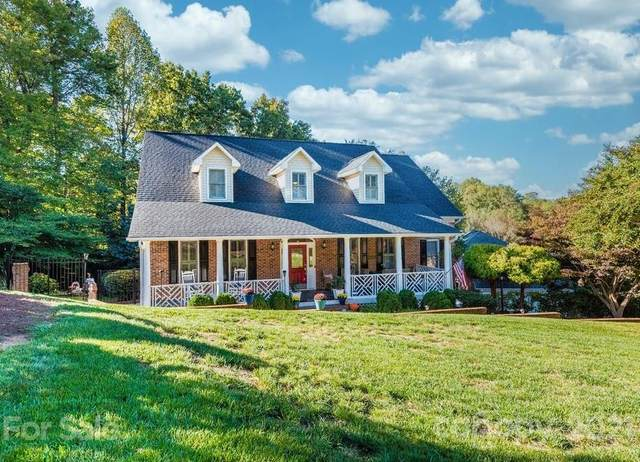 555 19th Ave Drive NW, Hickory, NC 28601 (#3797620) :: Ann Rudd Group