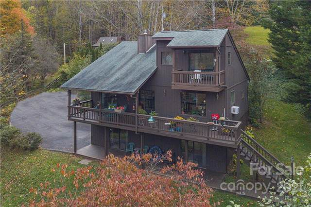 911 Mountain Lake Drive, Waynesville, NC 28785 (#3797632) :: BluAxis Realty