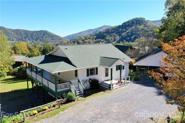 80 Mcintosh Lane, Maggie Valley, NC 28751 (#3798114) :: BluAxis Realty