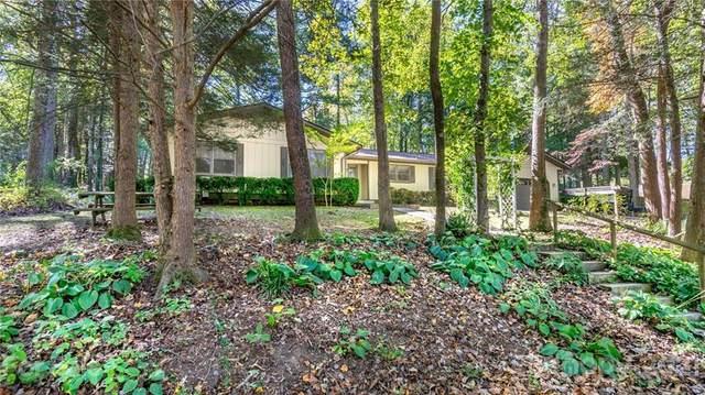 11 Alton Way, Hendersonville, NC 28791 (#3798293) :: Lake Wylie Realty
