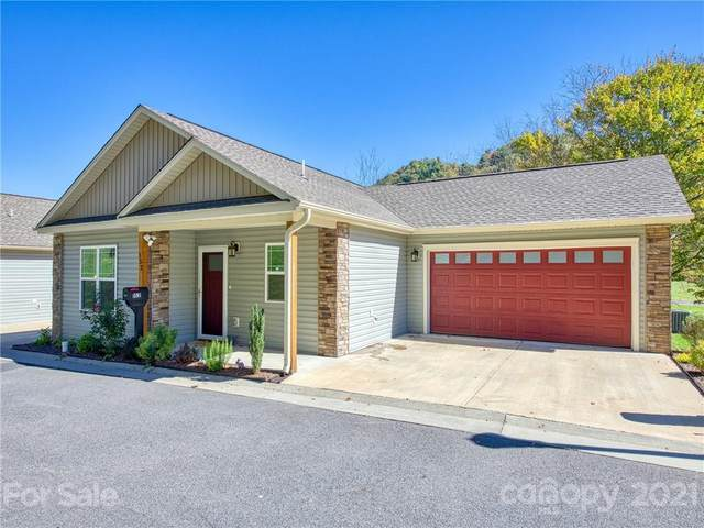 152 February Lane, Waynesville, NC 28785 (#3798379) :: Love Real Estate NC/SC
