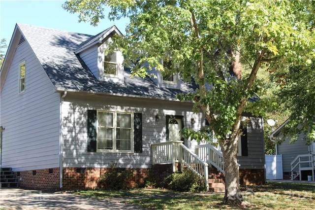 19530 Heartland Street, Cornelius, NC 28031 (#3798455) :: Rowena Patton's All-Star Powerhouse