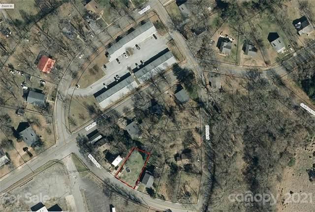 907 Walnut Street, Shelby, NC 28150 (#3798905) :: TeamHeidi®