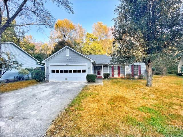 6725 Mounting Rock Road, Charlotte, NC 28217 (#3799229) :: DK Professionals